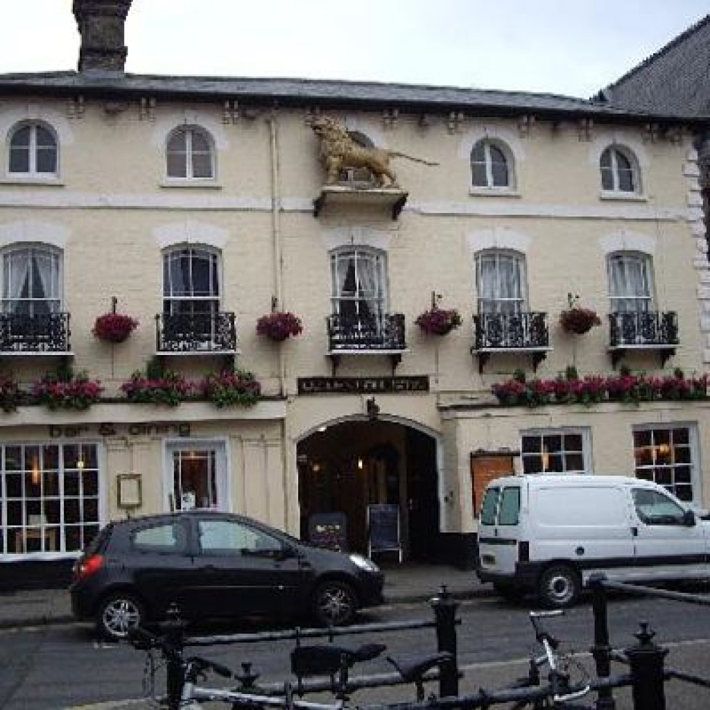 goldenlion-st-ives1-1024x1024_opt